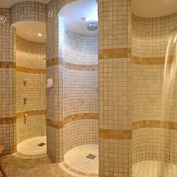 Rainfall shower with massage jets